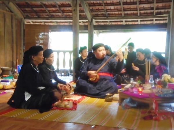 Khai_quat_ve_tin_nguong_Then