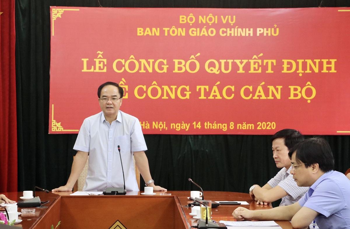 Trao_quyet_dinh_bo_nhiem_lanh_dao_cap_vu__cap_phong